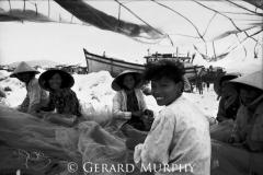 Mending the Nets,Nha Trang